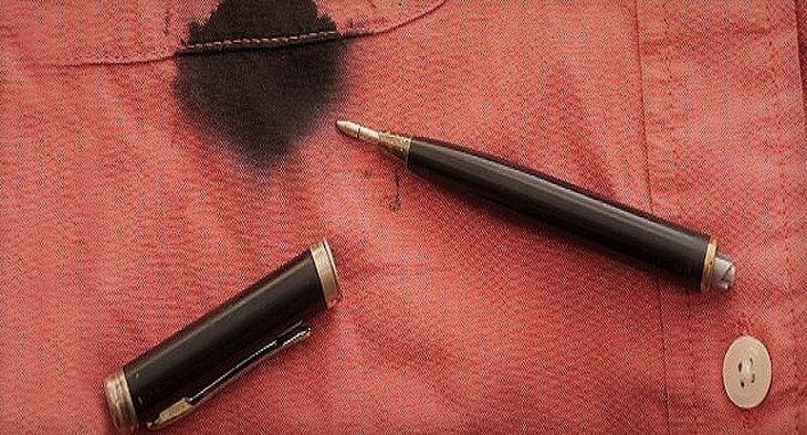 Как вывести старое чернильное пятно от шариковой ручки фото