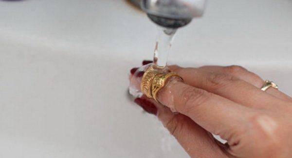 как почистить золото амиаком