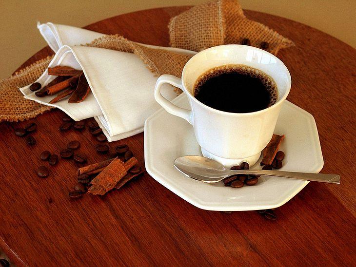 Чим вивести плями від кави і какао  15f99199d3c79