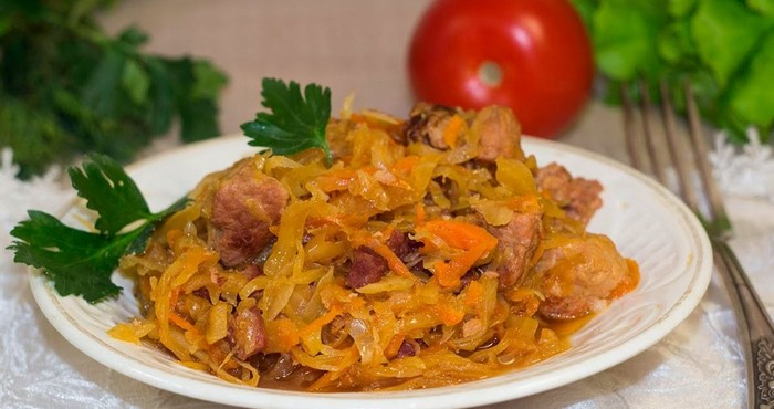 солянка из капусты с картошкой и мясом рецепт с фото