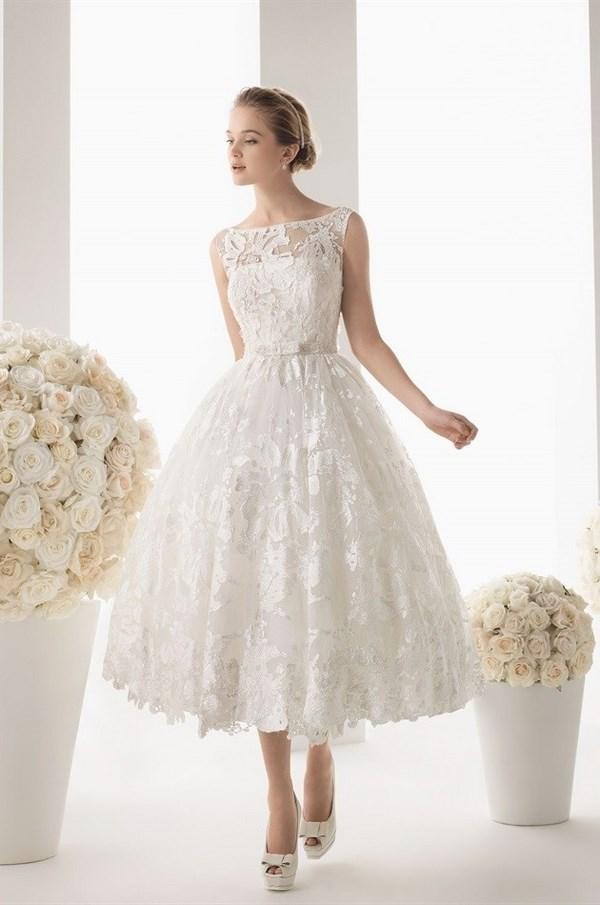 Найкрасивіші короткі весільні сукні 2018 2019  фото каталог весільних суконь 7984ef0baa443