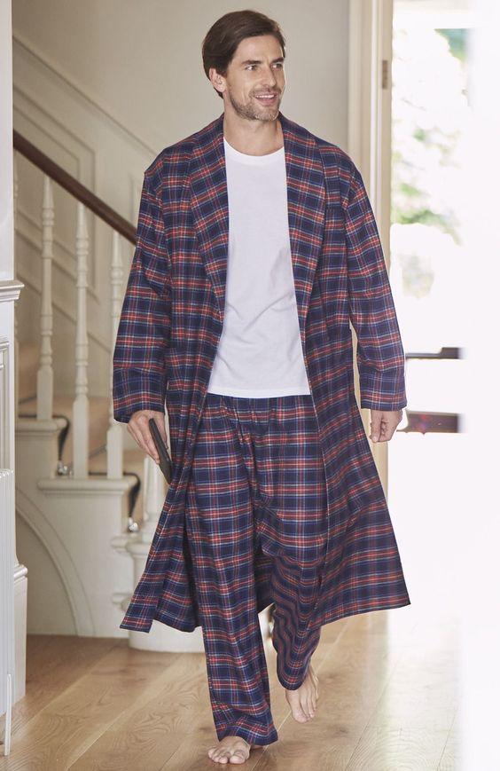 Чоловічі піжами  100+ стильних моделей 447d223b4b949