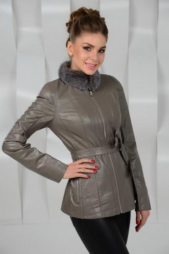... Жіночі шкіряні куртки 2019 2020 з натуральним і штучним хутром  фото і  кращі зимові хутряні fa88e52644c27
