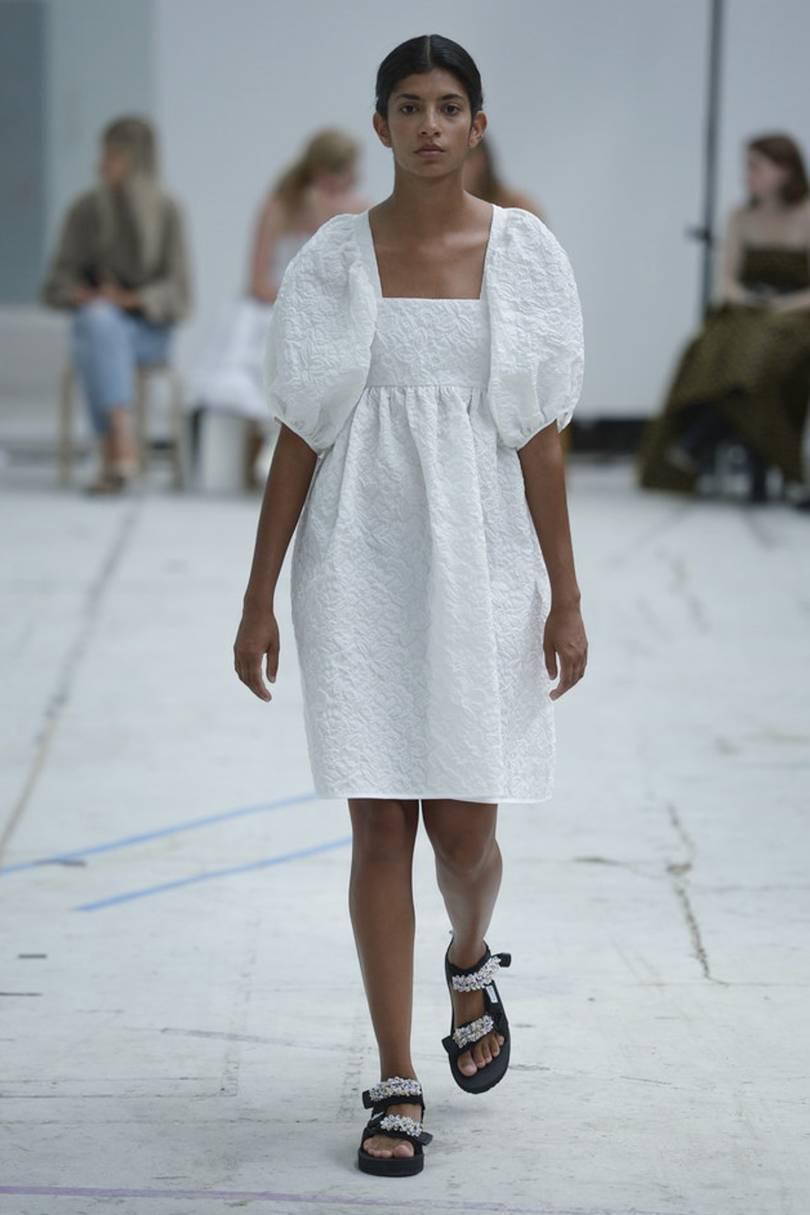 ... сполучень Біле мереживне плаття  100+ модних новинок 1f605cc5006cb